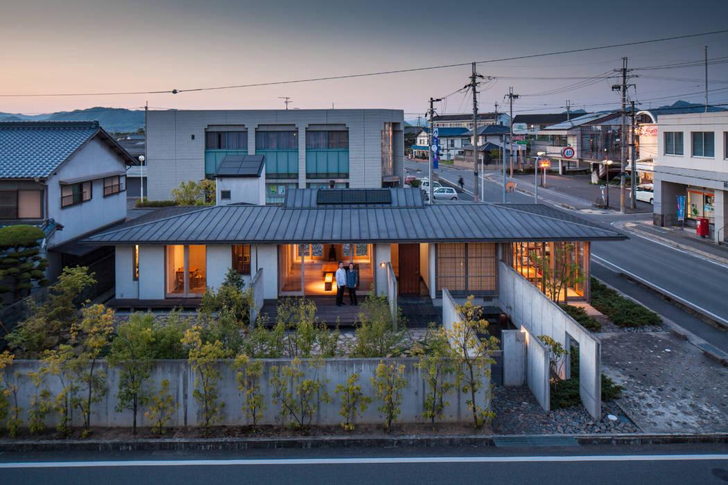 外観全景 ミニマルな 家 の 川添純一郎建築設計事務所 ミニマル