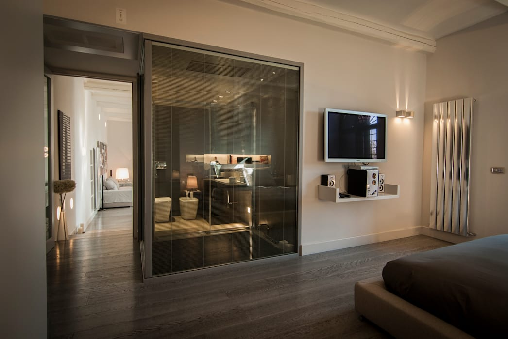 vetrate luxaclair: Case in stile  di FSD Studio