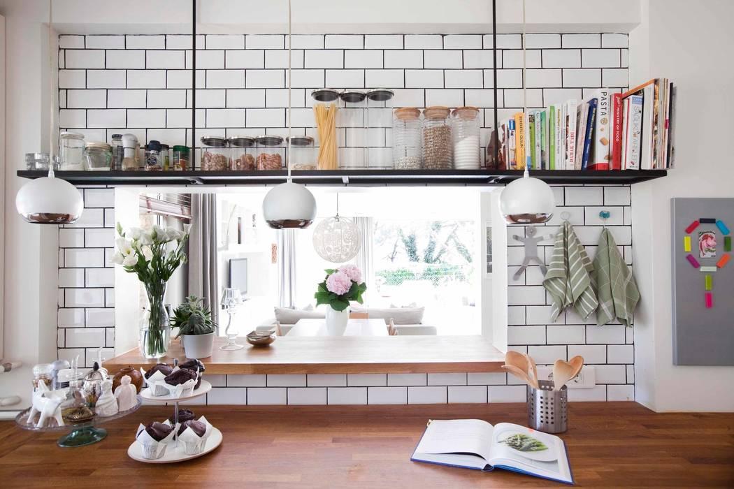Кухни в . Автор – HANDE KOKSAL INTERIORS, Лофт