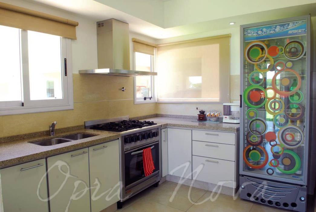 Cocina Cocinas modernas: Ideas, imágenes y decoración de Opra Nova - Arquitectos - Buenos Aires - Zona Oeste Moderno