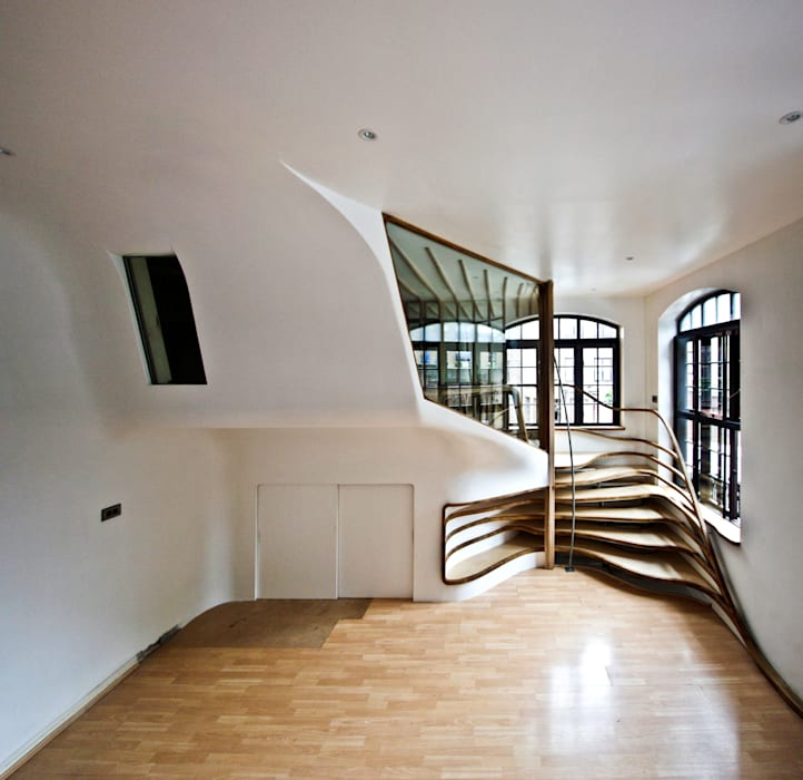 Roominaroom House by Atmos Studio
