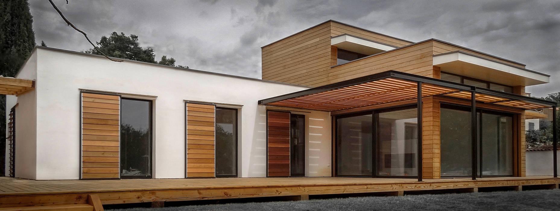 Maison écologique en bois Maisons modernes par SARL naturARCH Moderne