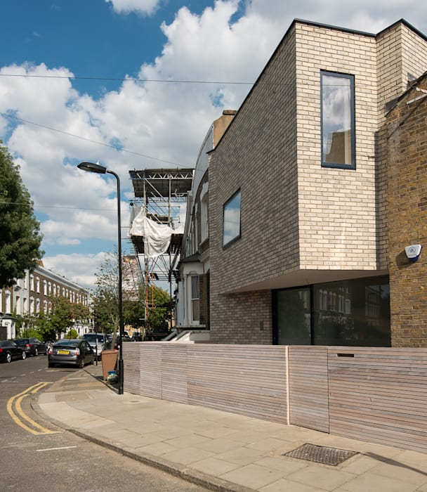 Clonbrock Road Modern houses by Lipton Plant Architects Modern