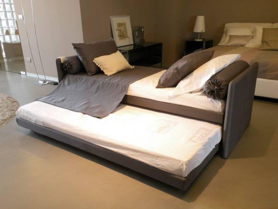 Flou – duetto: camera da letto in stile di salvioni spa | homify