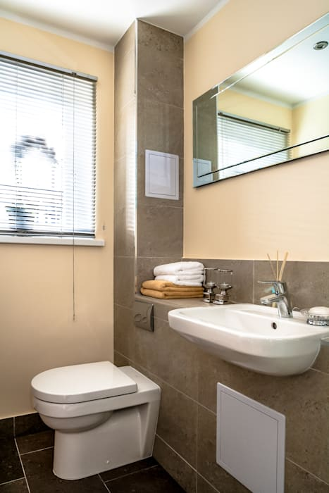 Shower room Salle de bain moderne par Lujansphotography Moderne