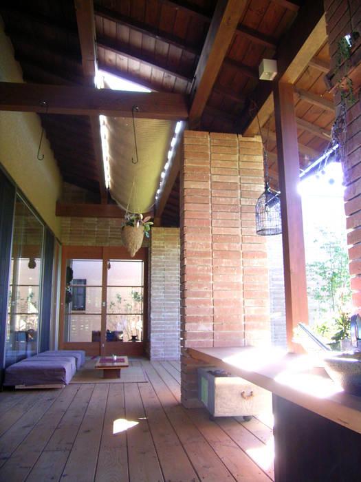 ウッドデッキ オリジナルな 家 の SIN・DESIGN・ROOM オリジナル