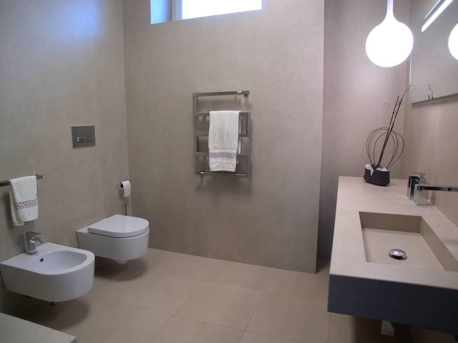現代浴室設計點子、靈感&圖片 根據 Alfonso D'errico Architetto 現代風