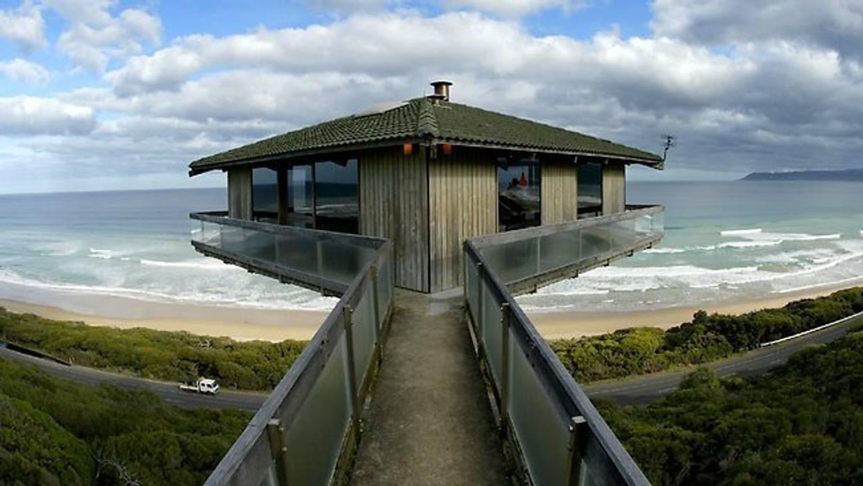 The Pole House Casas mediterrâneas por F2 Architecture Mediterrâneo