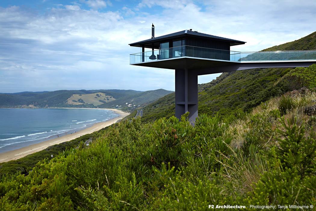 The Pole House Casas de estilo mediterráneo de F2 Architecture Mediterráneo