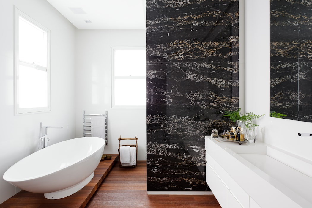 Apartamento da Colecionadora Banheiros minimalistas por homify Minimalista