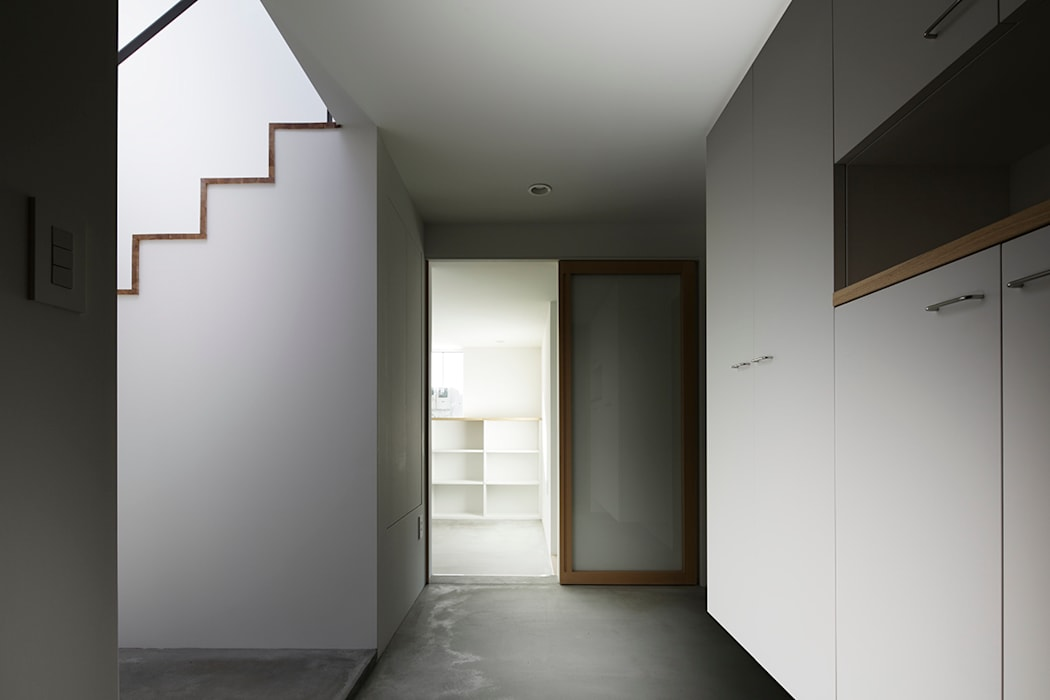エントランス: 内田雄介設計室 が手掛けた家です。