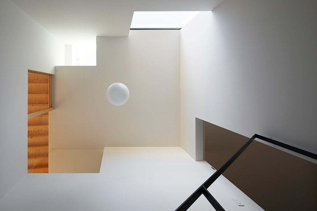 階段室 オリジナルな 家 の 内田雄介設計室 オリジナル