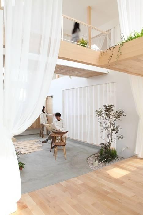 隨意取材風玄關、階梯與走廊 根據 ALTS DESIGN OFFICE 隨意取材風