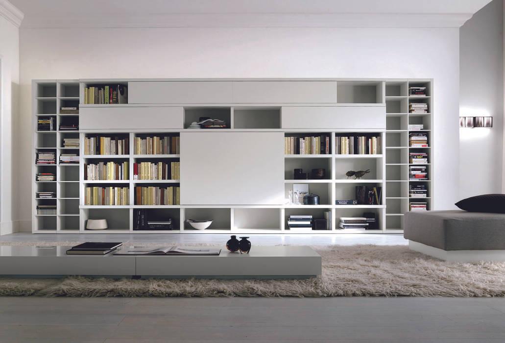 Md house - pareti attrezzate: soggiorno in stile di md house | homify