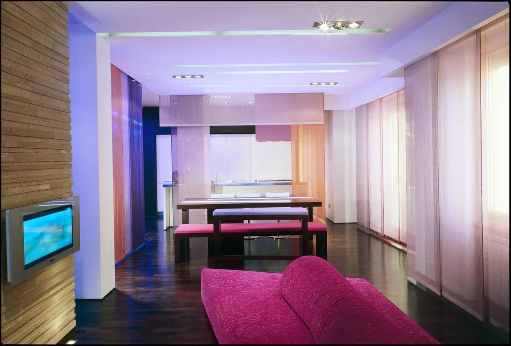 Rumah Modern Oleh Filippo Bombace Modern