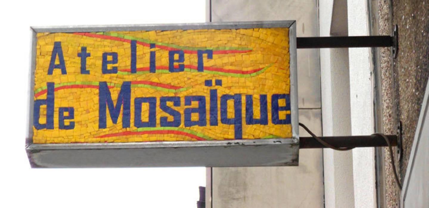 Atelier de Mosaïque:  de style  par Lechevallier stephanie, Industriel