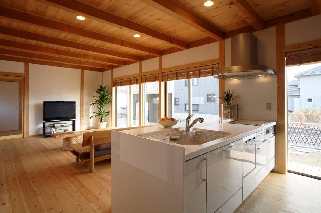 Nhà bếp theo 三宅和彦/ミヤケ設計事務所, Châu Á