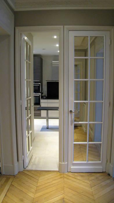Hall et cuisine : Salon de style de style Moderne par Philippe Ponceblanc Architecte d'intérieur
