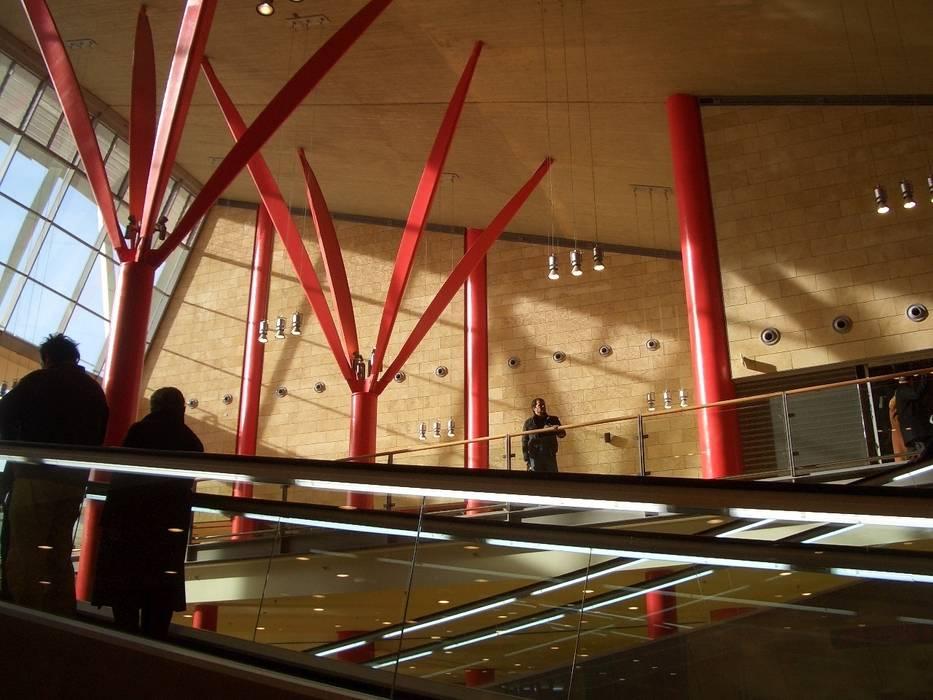 Da un progetto di Renzo Piano prende vita il Vulcano Buono di Nola Centri commerciali in stile eclettico di PIMAR Eclettico