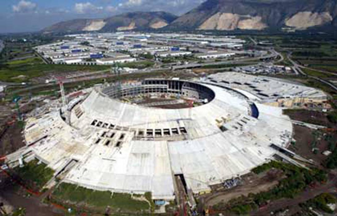 Vista aerea del CIS di Nola Centri commerciali in stile eclettico di PIMAR Eclettico