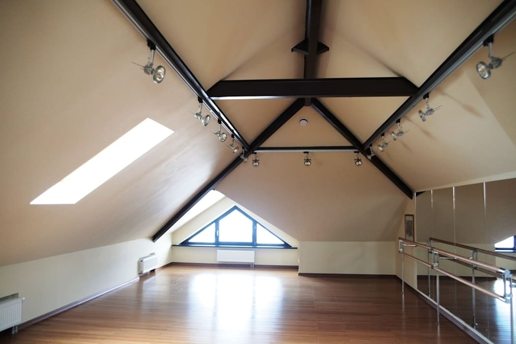 Experiments in art Nouveau style Salas multimédia modernas por D O M | Architecture interior Moderno