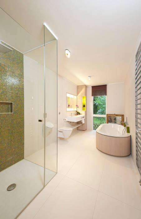 Cubus Projekt GmbH Modern Bathroom