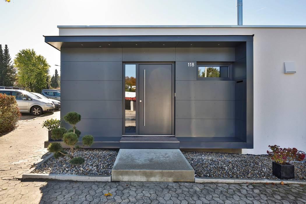 Casas modernas de 4plus5 Moderno
