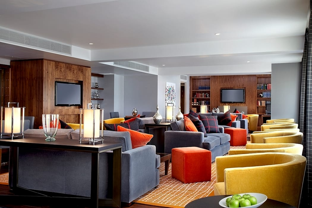 Sheraton Grand Edinburgh - Club Lounge Modern hotels by MKV Design Modern