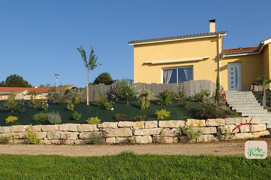 Enrochement Jardin moderne par ART PAYSAGE Moderne