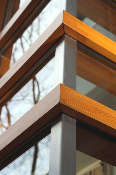 Commercial Spaces by Linea architecten,