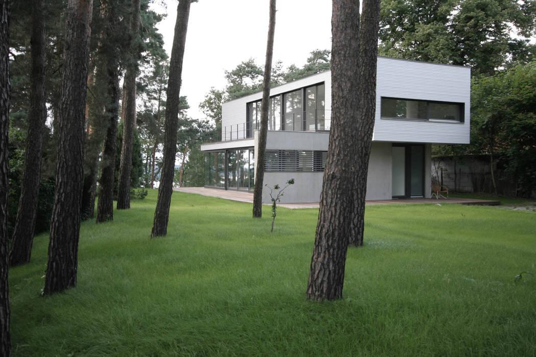 Haus W:  Häuser von THOMAS BEYER ARCHITEKTEN,Modern
