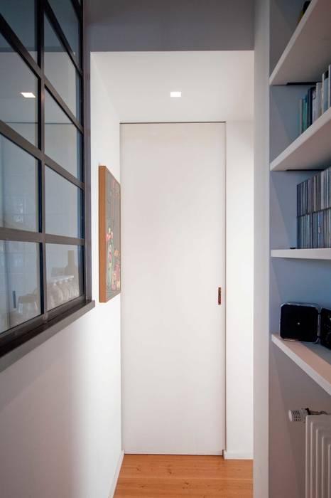 Living : Sala da pranzo in stile in stile Industriale di Anomia Studio