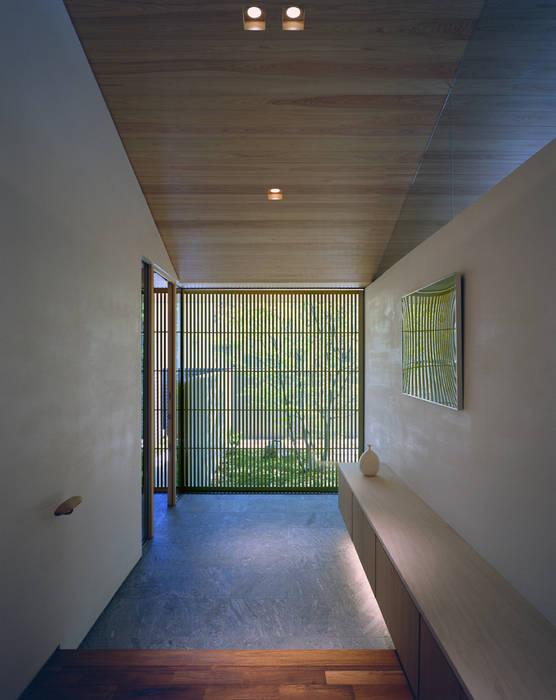 Houses by 柳瀬真澄建築設計工房 Masumi Yanase Architect Office, Modern