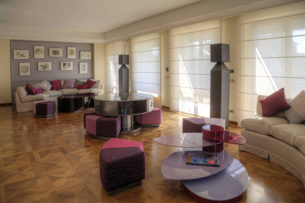 Salotto: Case in stile in stile Eclettico di Federico Celletti