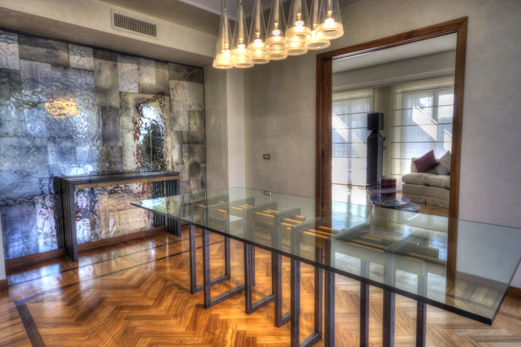 Sala da pranzo: Sala da pranzo in stile  di Federico Celletti