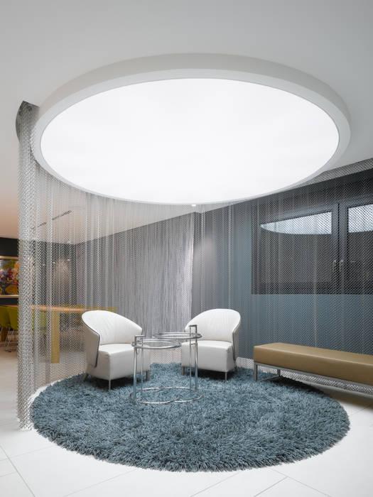 Maisons de style  par Ippolito Fleitz Group – Identity Architects,