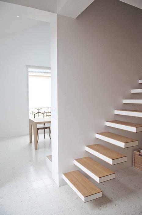atelier teisseire architectes - escalier Espaces de bureaux modernes par Teisseire Moderne