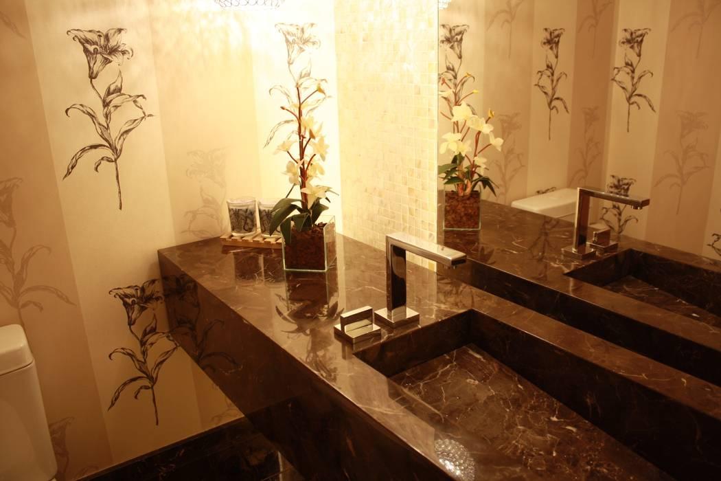 LAVABO : Banheiros  por Leles Arquitetura e Iluminação,