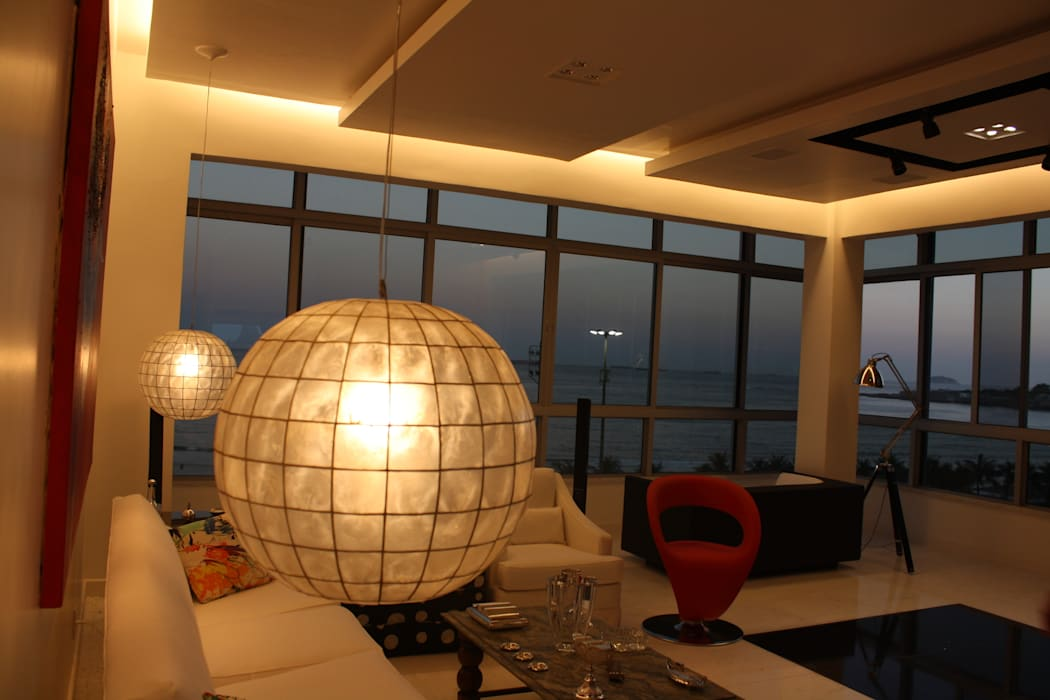 Apartamento em Copacabana Salas de estar por Leles Arquitetura e Iluminação