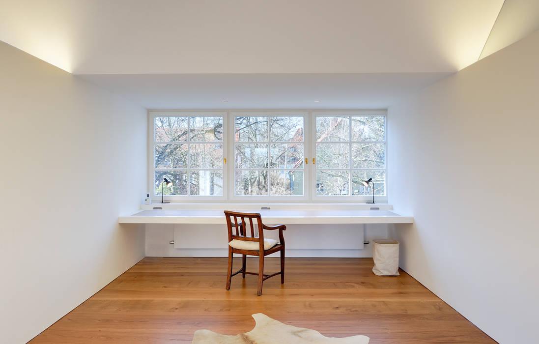 Bureau de style  par Möhring Architekten,