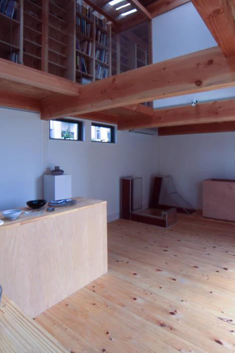 アトリエ吹抜: 家山真建築研究室 Makoto Ieyama Architect Officeが手掛けた家です。