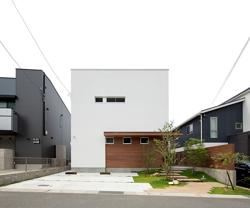Houses by ラブデザインホームズ/LOVE DESIGN HOMES, Modern