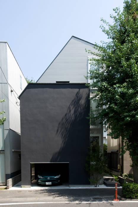 西側外観: 余田正徳/株式会社YODAアーキテクツが手掛けた家です。,モダン