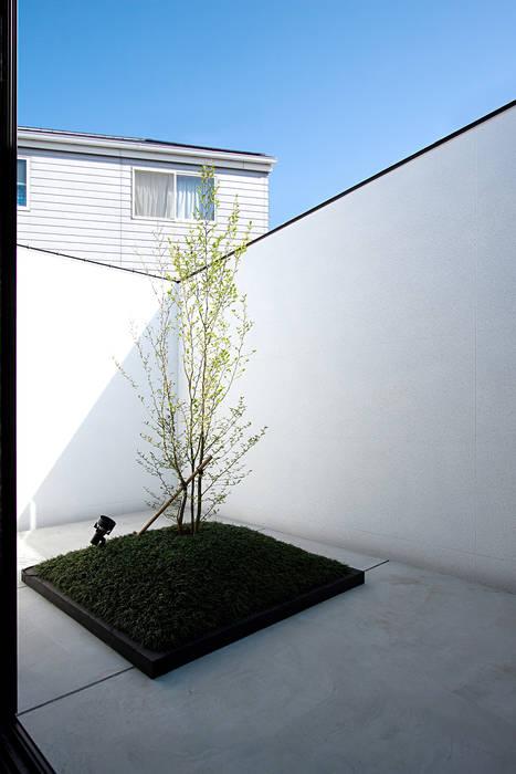 Modern houses by ラブデザインホームズ/LOVE DESIGN HOMES Modern