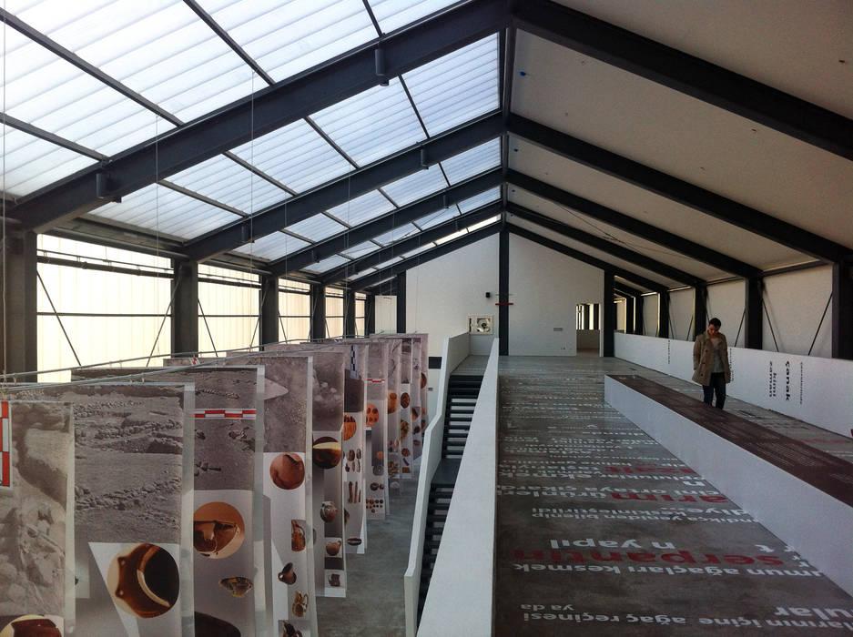 Studio Evren Başbuğ – Tarih Öncesi Yaşam Müzesi:  tarz Müzeler, Minimalist