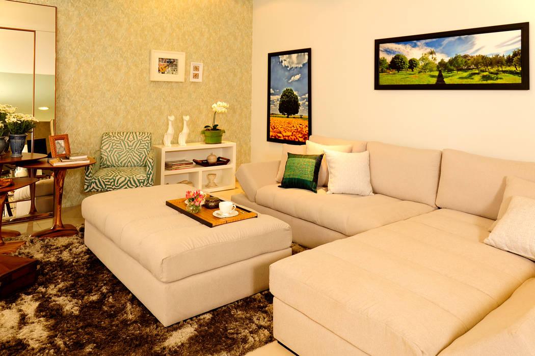 FAMILY ROOM ACONCHEGO por Adriana Scartaris: Salas de estar  por Adriana Scartaris: Design e Interiores em São Paulo