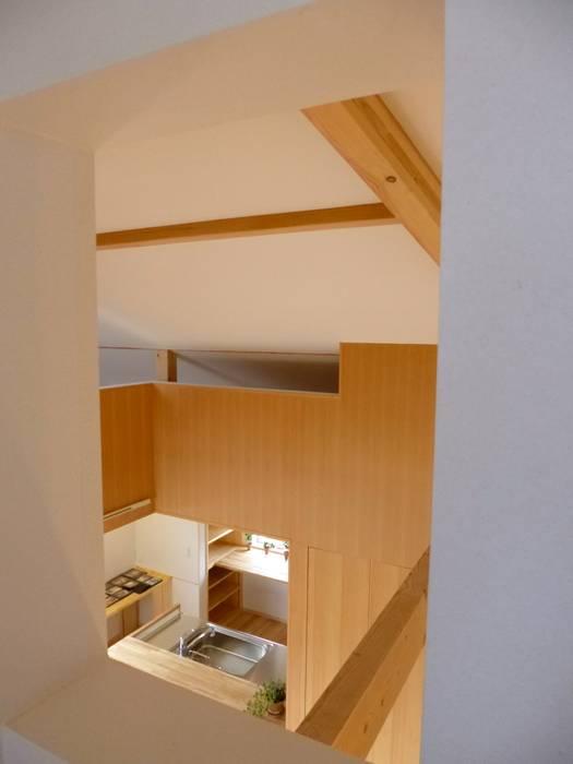 Salle à manger de style  par K+Yアトリエ一級建築士事務所, Éclectique