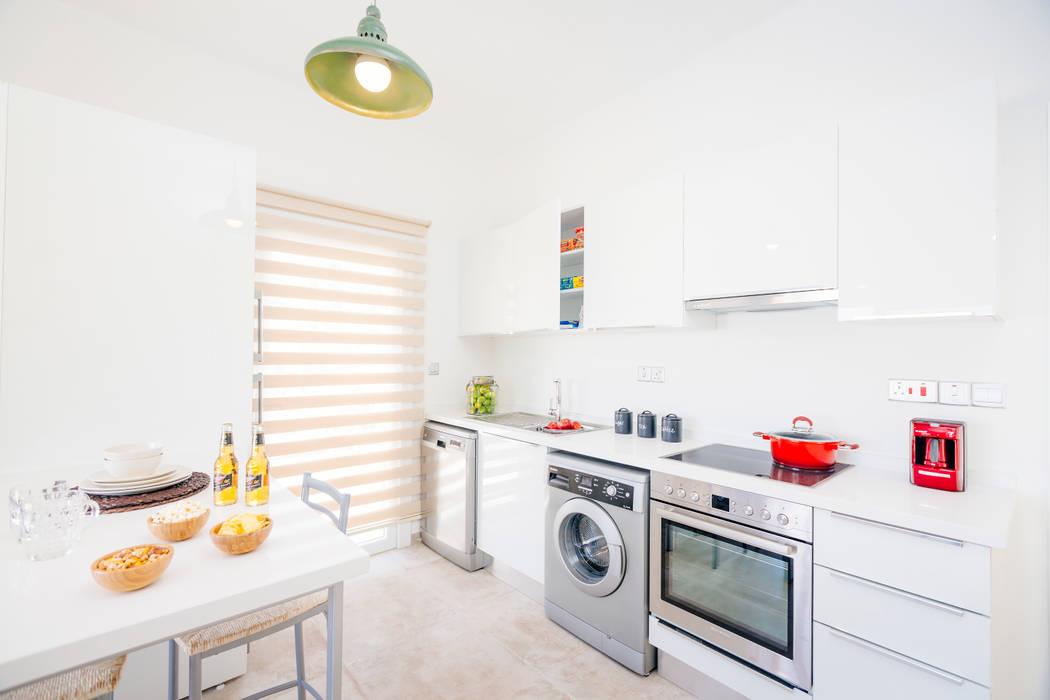 Kıbrıs Developments Modern style kitchen