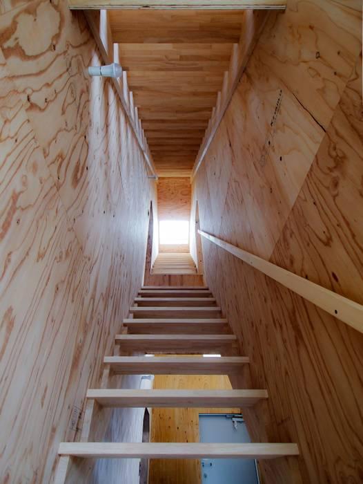 1950-house オリジナルスタイルの 玄関&廊下&階段 の AtelierorB オリジナル 合板(ベニヤ板)