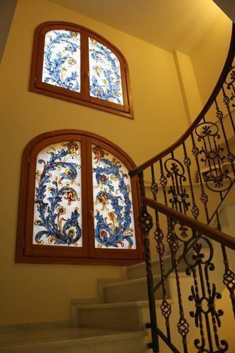 MUDEYBA S.L. Fenêtres & PortesDécorations pour fenêtres
